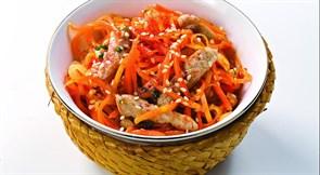 Свинина с морковью по-корейски 100 г.