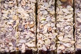 Лукум Султан с прослойкой шоколада в дробленом фундуке 100 г.